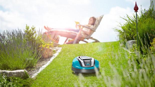 Nur die Ruhe: Robotermäher stellen keine Beeinträchtigung für die Nachbarn dar, so ein aktuelles Gerichtsurteil.
