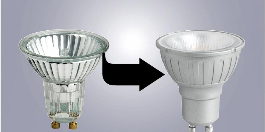 Halogenreflektor (links) und LED-Spot (rechts)