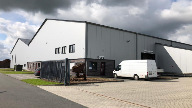 Durch die Übernahme des ehemaligen Emsflor-Erdenwerkes hat das bayerische Unternehmen Gregor Ziegler jetzt auch einen Produktionsstandort in Norddeutschland.