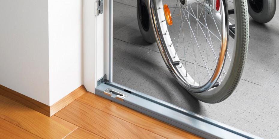 Rollstuhlgeeignete Bodenschwelle
