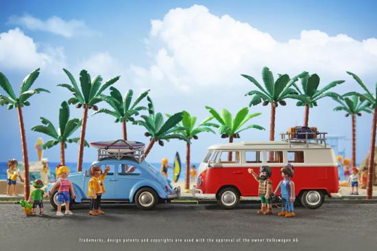 """Playmobil, ein Tochterunternehmen der Brandstätter-Gruppe, zu der auch der Pflanzgefäßhersteller Lechuza gehört, produziert zu rund 60 Prozent in Deutschland. Das Unternehmen wirbt hier für den klassischen deutschen Strandurlaub: mit VW Bully Camper und dem Käfer, zwei typischen Symbolen des """"Made in Germany""""."""