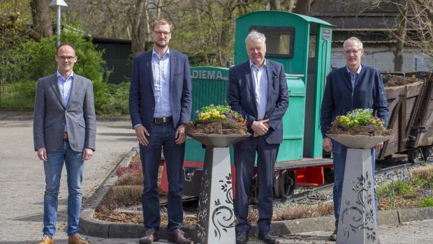 Der neue Floragard-Aufsichtsrat (v. l.): Olaf Meiners, Christian Strenge, Aufsichtsratsvorsitzender Ewald Drebing und Thomas gr. Holthaus.
