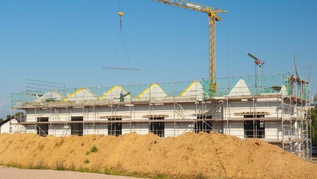 Die Zahl der Wohnungsbaugenehmigungen ist 2020 um 2,2 Prozent gestiegen, teilt das Statistische Bundesamt mit.