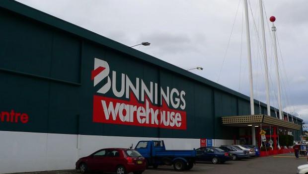 Bunnings hatte zum Ende des Geschäftsjahrs 374 Standorte in Australien und Neuseeland, darunter 267 im Warehouse-Format, 75 kleinere Märkte und 32 Baustoffhandlungen.