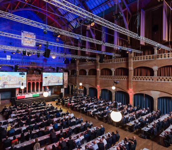 Mehr als 650 Teilnehmer sind zur Gesellschafterversammlung der Hagebau nach Amsterdam gekommen.