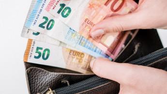 Inflationsrate schwächt sich leicht ab