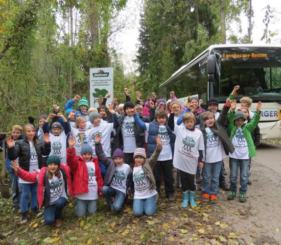 34 Teilnehmer sind zur Plant-for-the-Planet-Kinderakademie 2013 nach Rain am Lech gekommen.
