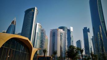 Fischer eröffnet Landesgesellschaft in Katar