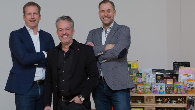 Schauen optimistisch in die Zukunft (von links): Folkert Schultz (Geschäftsführer), Torsten Toeller (Unternehmensgründer und -inhaber) und Dr. Hans-Jörg Gidlewitz (Geschäftsführer).