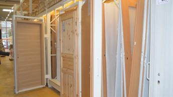 Einrichtungsgegenstände, Haushaltsgeräte und Baubedarf weiter im Minus
