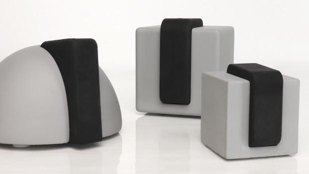 """Die Türstopper-Serie """"Concrete"""" ist nach ihrem Material benannt: Die vier Modelle ewrden aus Beton hergestellt."""