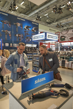 Neu auf der Zeus-Messe in Köln: Kraftronic, die neue Eigenmarke für Elektrohandwerkzeuge.