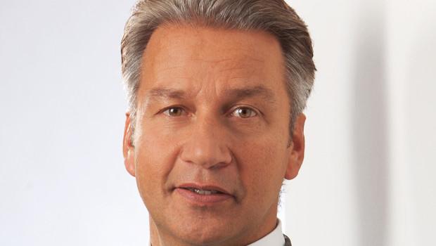 Weber Deutschland-Chef Frank Miedaner hat das Projekt des Konzept-Stores vorgestellt.