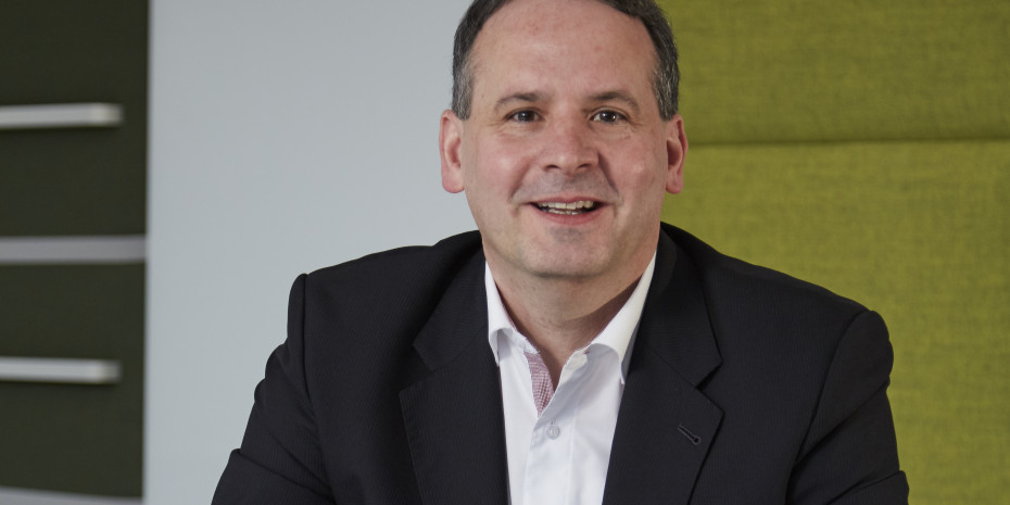 Martin Langhauser Director GfK Consumer Panels & Services