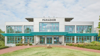 Parador strukturiert Vertrieb neu