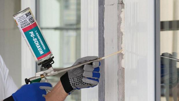 Wer Bauschaumdosen verkauft, muss den Kunden darüber informieren, wo er die leeren Dosen korrekt entsorgen kann.