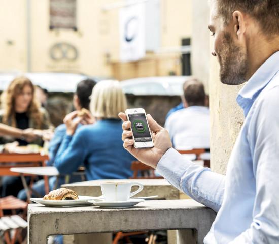 ... als auch die der mobilen, voll vernetzten Bevölkerungsgruppe erfüllen.