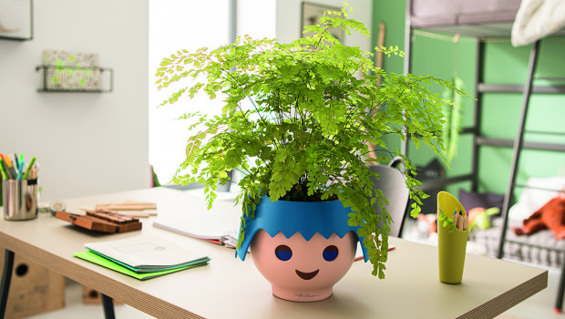 Kann seine Herkunft nicht verleugnen: Ojo ist das erste Pflanzgefäß im Playmobil-Look.