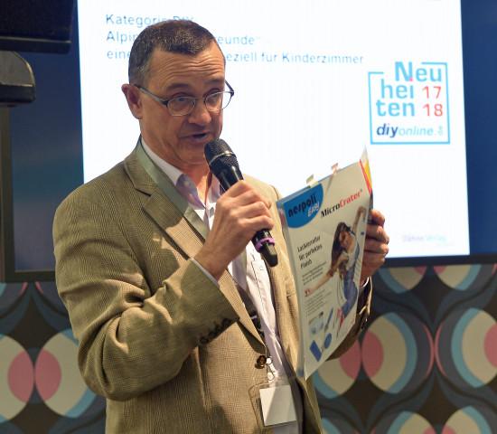 Harald Bott stellte die Gewinner der Top-Neuheiten-Wahl kurz vor.