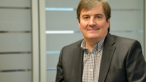 Stefan Popp betreut als Key Account Manager bei der Paul H. Kübler Bekleidungswerk GmbH & Co. KG. Schlüsselkunden im Vertriebsbereich Fachmärkte & DIY International.
