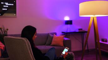 Müller-Licht steigt bei Smart Friends ein