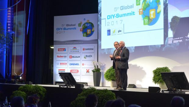 2017 Berlin, 2018 Barcelona: Die Edra- und Fediyma-Geschäftsführer John Herbert (r.) und Ralf Rahmede stimmten die Teilnehmer des diesjährigen Kongresses auf Barcelona ein.