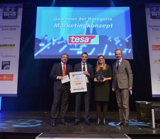 Für das Marketingkonzept wurde Tesa (Cleveres Befestigungssystem) mit dem Kundenservicepreis geehrt.