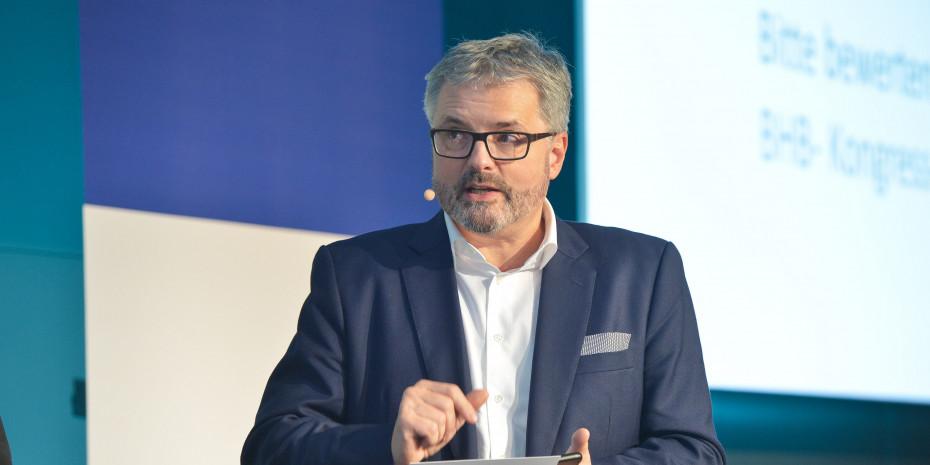 """""""Eine faszinierende Branche"""": BHB-Geschäftsführer Peter Wüst ist beeindruckt, wie kreativ die Baumärkte auf die Pandemie reagiert haben."""