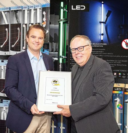 Wenko, diy Produkt des Jahres 2020, LED-Duschstangen, Niklas Köllner (l.)