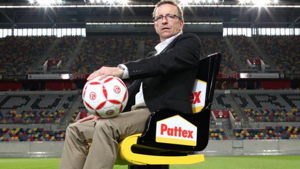 Die Pattex-Stühle der zweiten Generation gaben nach längerer Auszeit im Jahr 2010 unter dem ehemaligen Fortuna-Trainer Norbert Meier ihr Comeback.