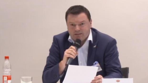 Timo Huwer zeigte sich auf der heutigen Pressekonferenz von Globus sehr zufrieden mit den Umsatzzahlen der Fachmärkte.