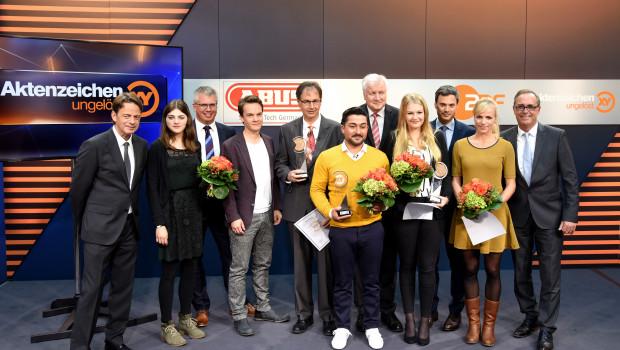 """In Berlin wurde der von Abus gestiftete """"XY-Preis – Gemeinsam gegen das Verbrechen"""" verliehen."""