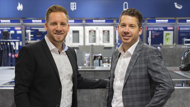 Nicolas-David Bremicker (links) und Daniel Bremicker besetzen künftig Schlüsselpositionen innerhalb der Abus-Gruppe.