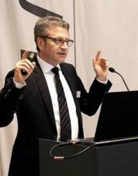 EMV-Profi-Geschäftsführer Michael Spiess konnte in Barcelona über positive Umsatzzahlen referieren.