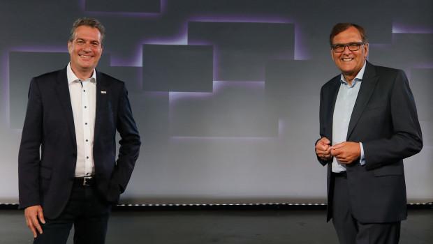 Dr. Christoph Weiß, CEO von Fein (rechts), und Henk Becker, CEO von Robert Bosch Power Tools, kündigten an, dass die Unternehmen nun eine einheitliche Akku-Plattform anbieten.