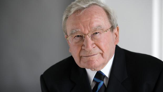 Prof. Artur Fischer ist am Mittwoch, 27. Januar 2016, im Alter von 96 Jahren verstorben.