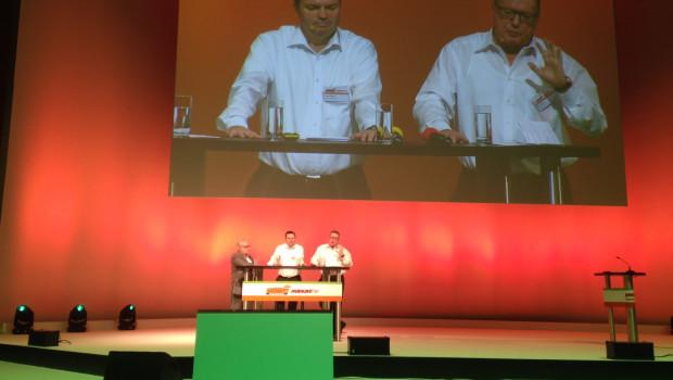 Die Globus-Geschäftsführer Erich (r.) und Timo Huwer sprachen auf dem Lieferanten-Meeting von Globus Baumarkt.