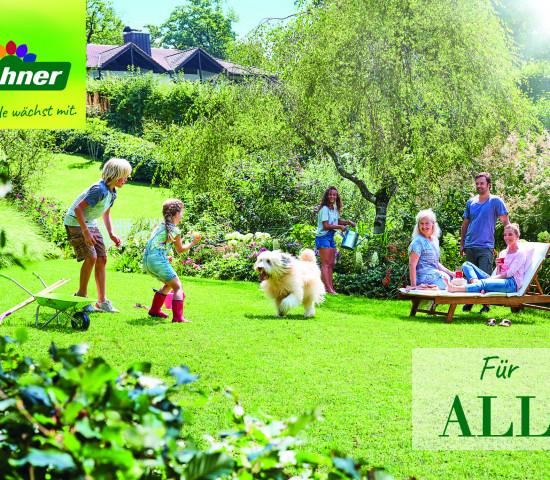 Der neue Dehner-Spot dreht sich um eine Mehrgenerationenfamilie mit viel Freude am Garten.