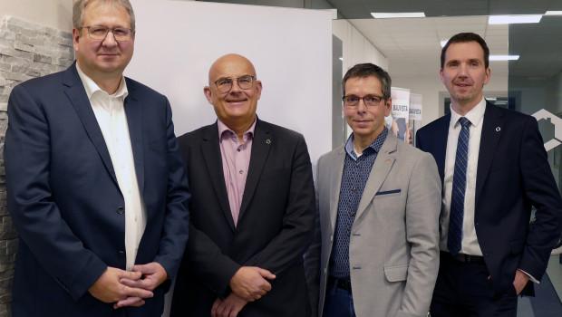 Die neue Führungsstruktur der Bauvista (v. l.): Geschäftsführer Jörg Kronenberg (l) und Johannes Häringslack, Georg Vos, Aufsichtsratsvorsitzender, sowie Geschäftsführer Marcus Brandt.