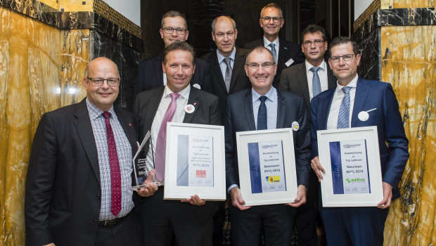 Die Fachgruppe Galabau der Eurobaustoff hat ihre Top-Lieferanten 2015/2016 gewählt: Kann Baustoffwerke, Seltra Natursteinhandel und Aco.