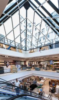 Die Clas Ohlson-Filiale am Jungfernstieg in Hamburg war für den Preis Store of the Year 2017 des HDE nominiert.