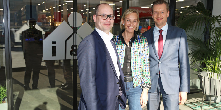 Einzelhandelsmeeting, Eurobaustoff, v.l. Peter Abraham, Sabine Rendler-Fies, Torsten Hamann