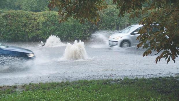 Der Umgang mit Starkregen ist den Befragten zufolge ein Topthema für die Zukunft.