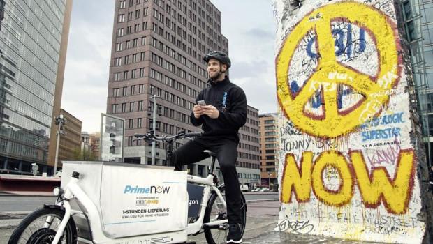 """Amazon führt mit """"Prime Now"""" die Zustellung binnen einer Stunde in Berlin als erster Stadt in Deutschland ein (Bild: Amazon)."""