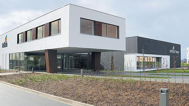 Die Hettich-Unternehmensgruppe  erwirtschaftete 2016 einen Umsatz von 913 Mio. €. Im Bild der Showroom am Firmensitz in Kirchlengern.