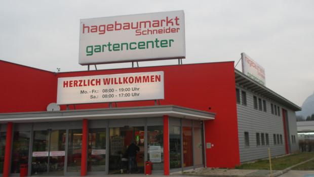 Der Hagebau-Gesellschafter Max Schneider hat am 12. März 2016 in Kufstein offiziell seinen ersten Hagebaumarkt in Österreich eröffnet.