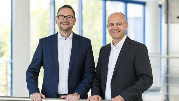 Christian Hajek (l.) ist künftig für die Bereiche Vertrieb, Einkauf und Produktmanagement der DIY-Sparte verantwortlich. Rechts Mitgeschäftsführer Uwe Schröder.