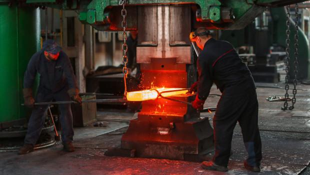 Die Stahlverarbeiter haben zunehmend Probleme mit der Beschaffung des Materials.