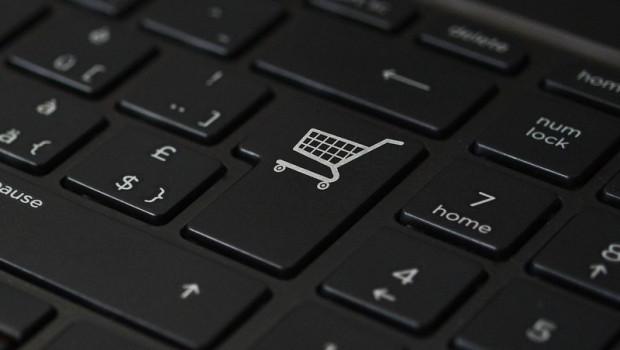 """Ab dem 1. Oktober 2019 gilt die sogenannte """"Bescheinigungspflicht"""", nach der Online-Plattformen bei Umsatzsteuerbetrug grundsätzlich haften."""