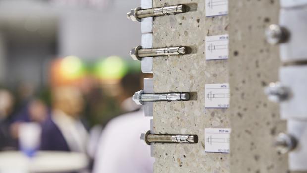 In Stuttgart präsentieren sich Unternehmen aus den Bereichen Verbindungen und Befestigungen.